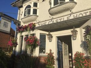 The Castle Hotel, Dartford Bed and Breakfast