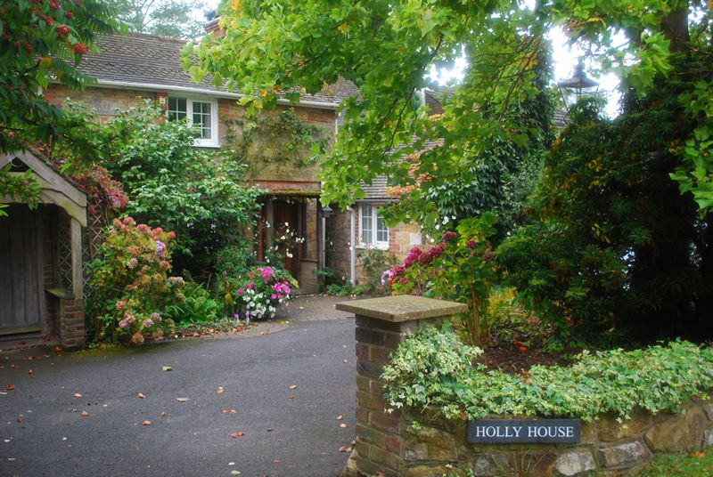Holly House Bed & Breakfast