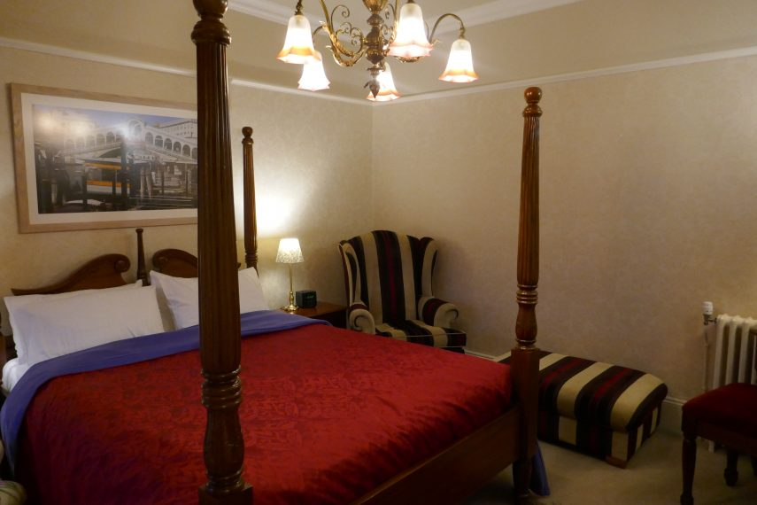 Four-poster bed at Kerrington House
